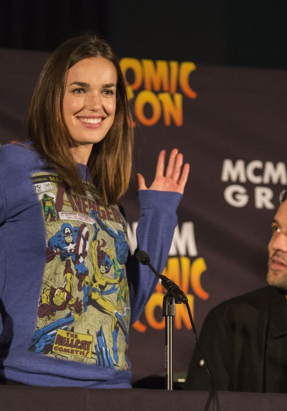 Elizabeth Henstridge - MCM Comic Con in London 5/28/2016