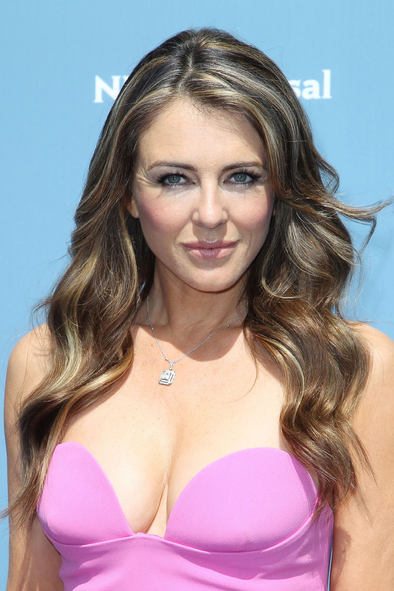 elizabeth hurley - photo #10