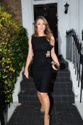 Elizabeth Hurley Outfit Ideas - Ivy Restaurant in London, May 2016