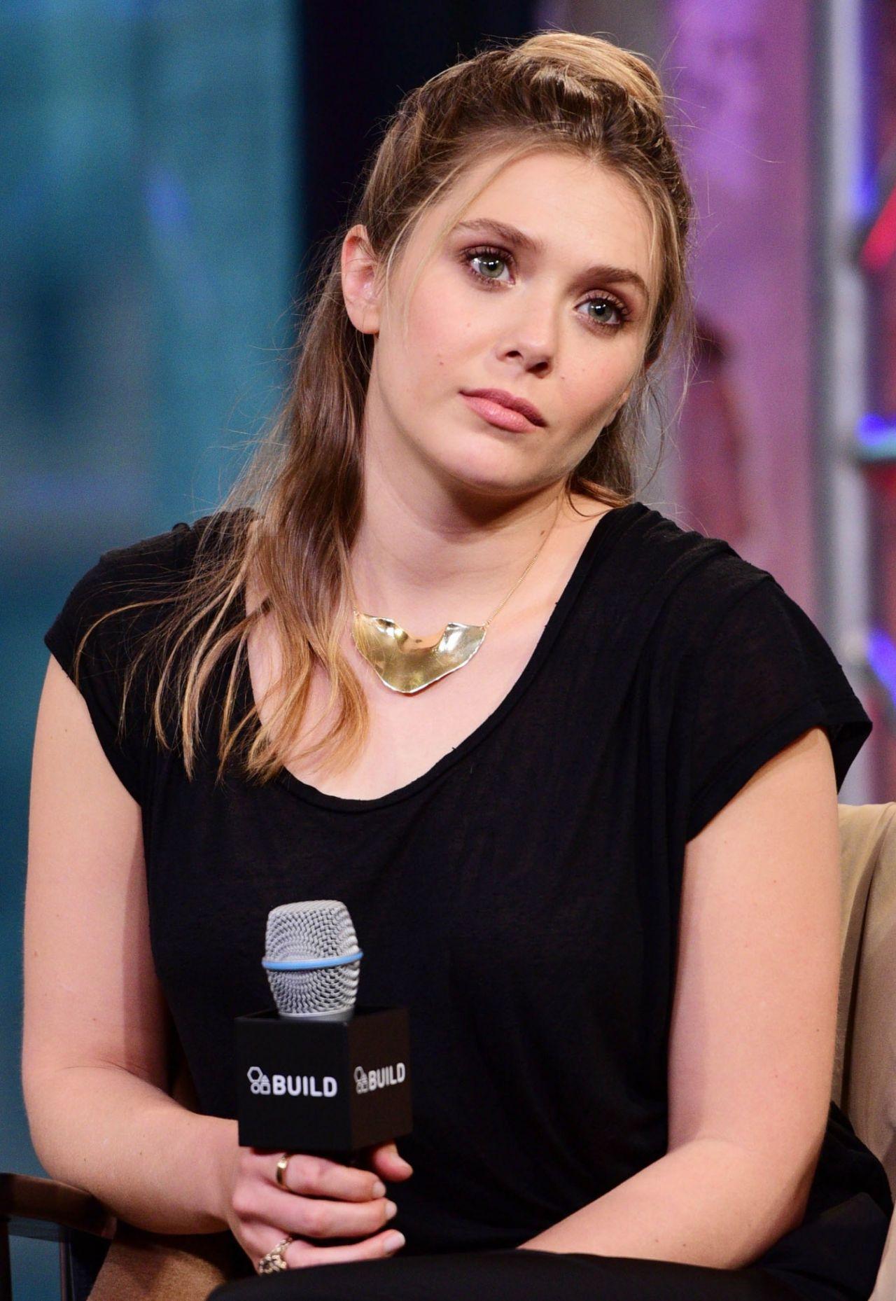 Elizabeth Olsen – AO...