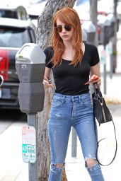 Emma Roberts in Ripped Jeans - Out in Venice Beach 5/5/2016