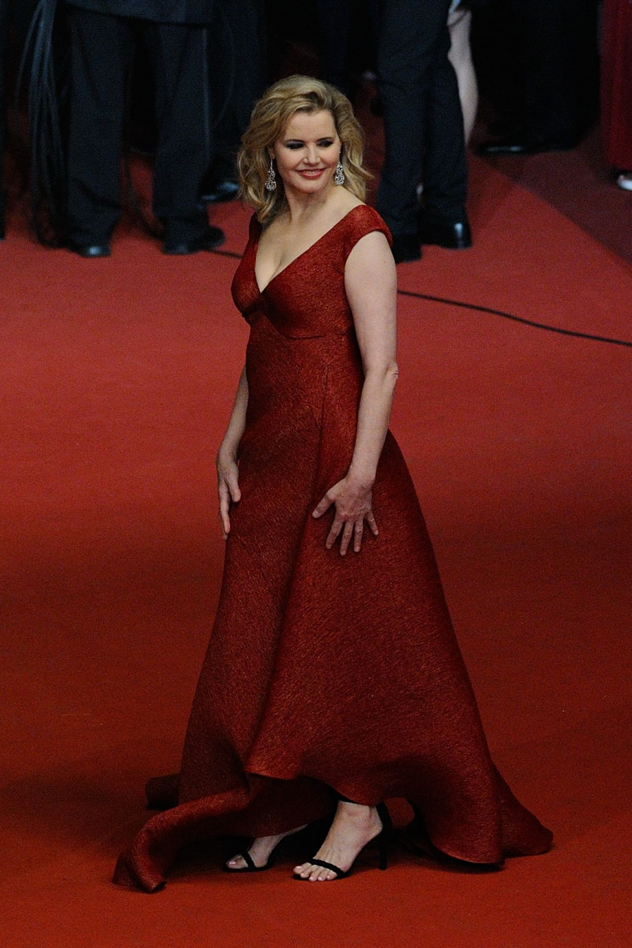 Geena Davis The Nice Guys Premiere At Cannes Film