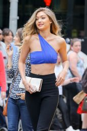 Gigi Hadid - Maybelline Photoshoot Set in New York City 5/12/2016