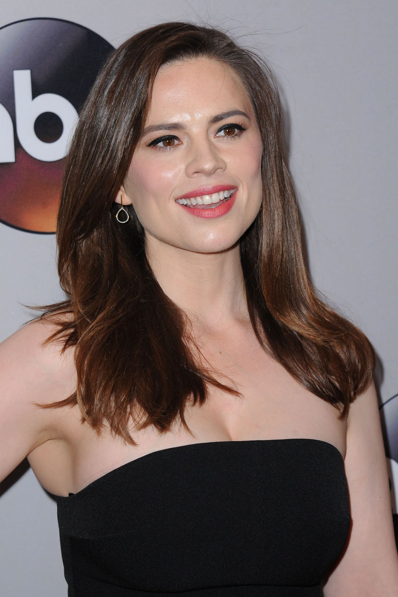 Hayley Atwell - Abc Upfronts, David Geffen Hall, New York -6611