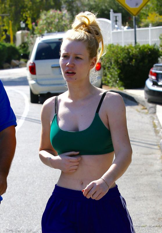 Iggy Azalea at Her Home in Los Angeles 5/16/2016