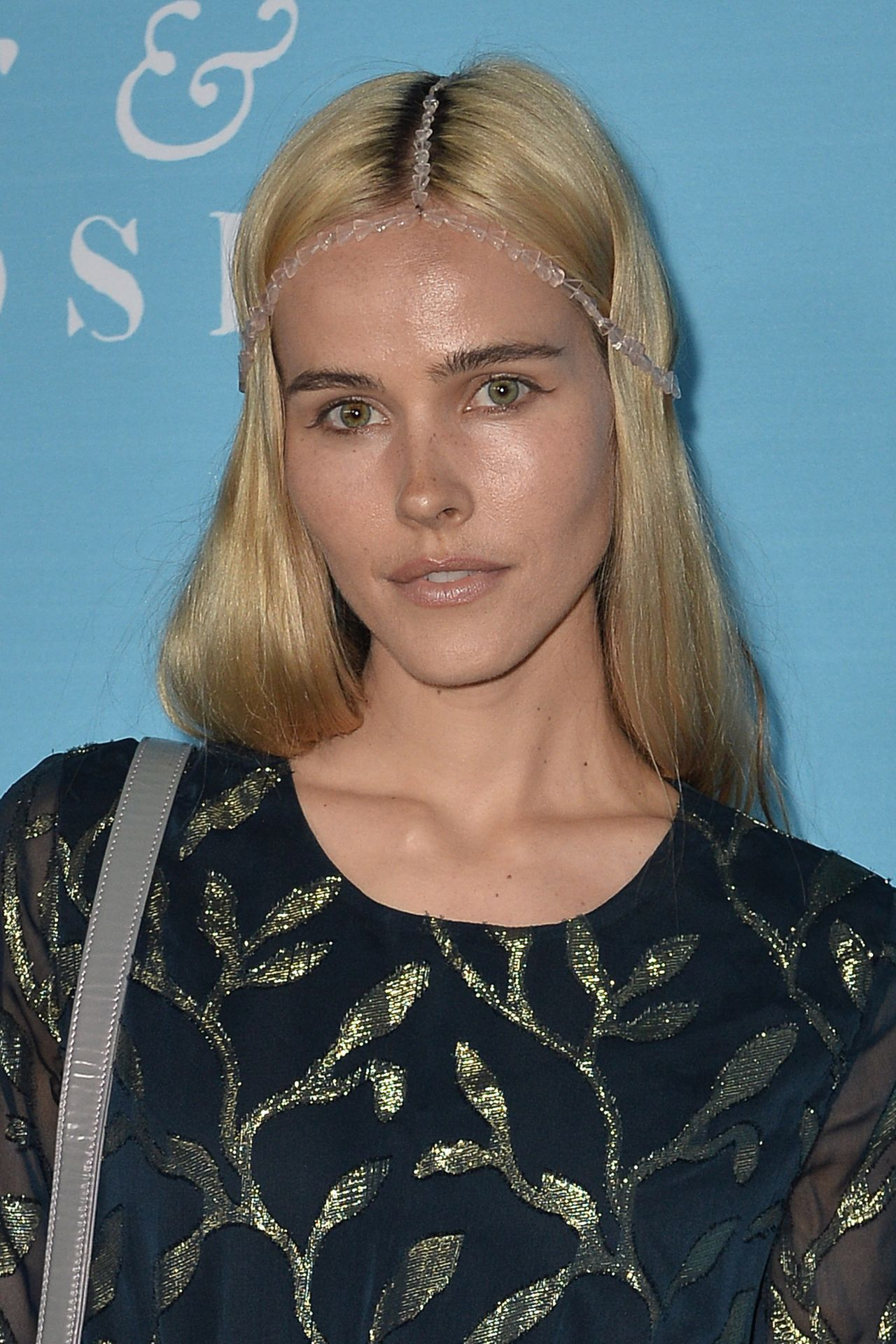 Isabel Lucas - Unity Premiere in Los Angeles • CelebMafia