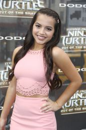 "Isabela Moner - ""Teenage Mutant Ninja Turtles: Out Of The Shadows"" World Premiere in NYC 5/22/2016"