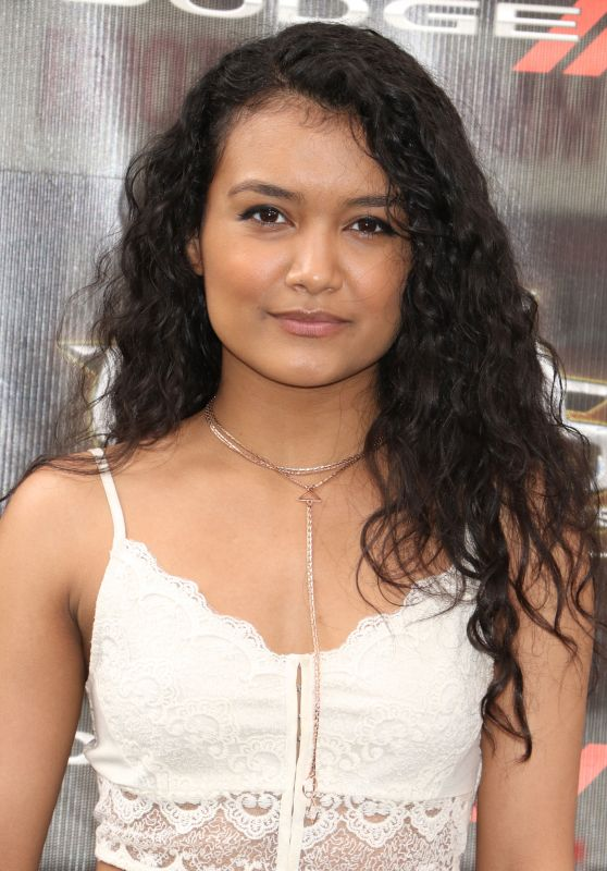 Jamila Velazquez – 'Teenage Mutant Ninja Turtles: Out of the Shadows' Premiere in New York City 5/22/2016
