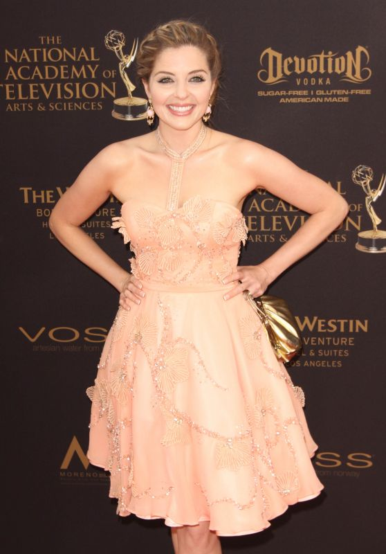 Jen Lilley – 2016 Daytime Emmy Awards in Los Angeles