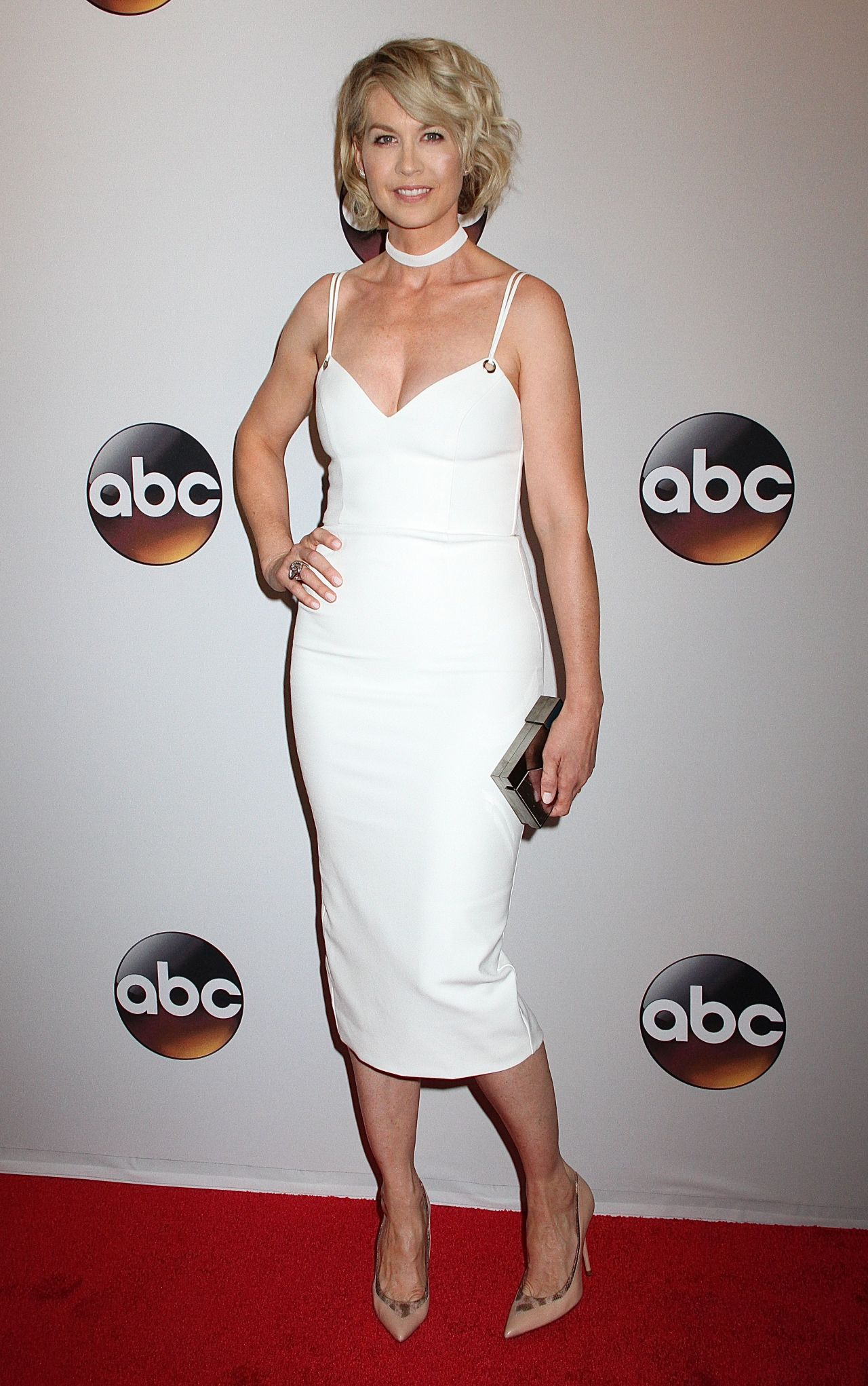 Jenna Elfman Abc Upfronts David Geffen Hall New York
