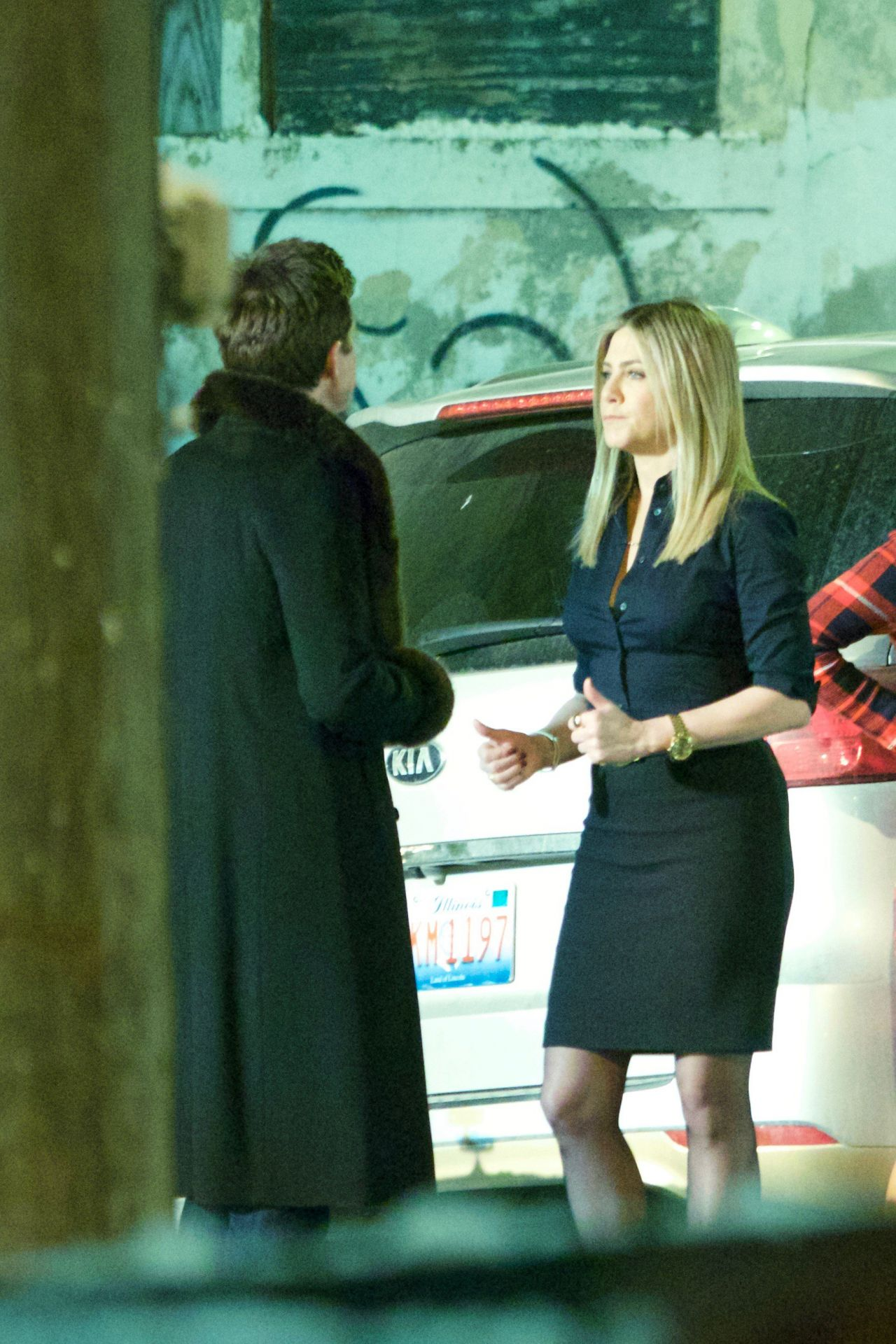 Jennifer Aniston On The Set Of Office Christmas Party In