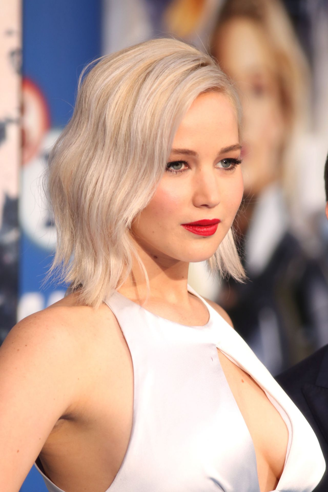 Jennifer Lawrence - X-Men: Apocalypse Premiere in London ... Jennifer Lawrence