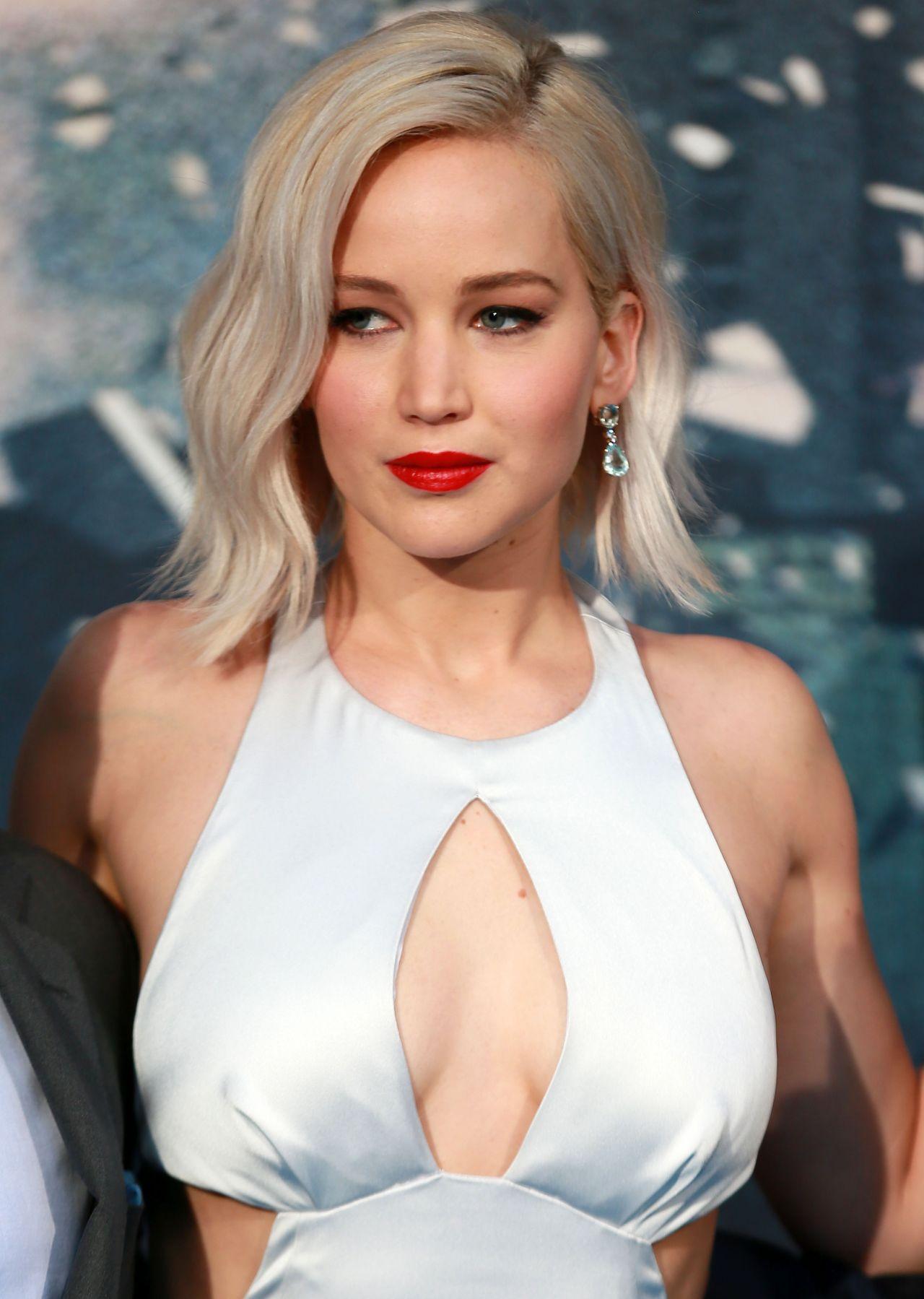 Jennifer Lawrence - X-Men: Apocalypse Premiere in London ... Jennifer Lawrence
