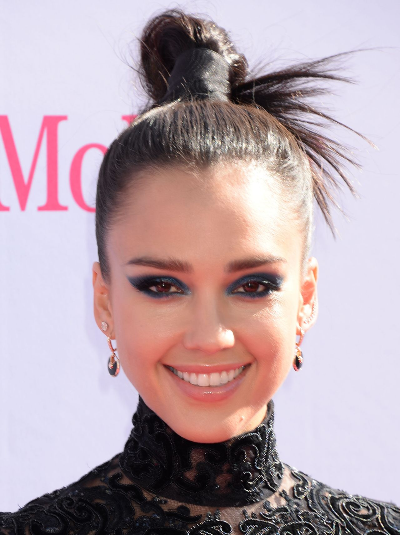 Jessica Alba – 2016 Billboard Music Awards in Las Vegas, NV