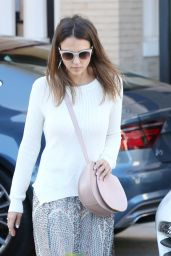 Jessica Alba Leaving Barney