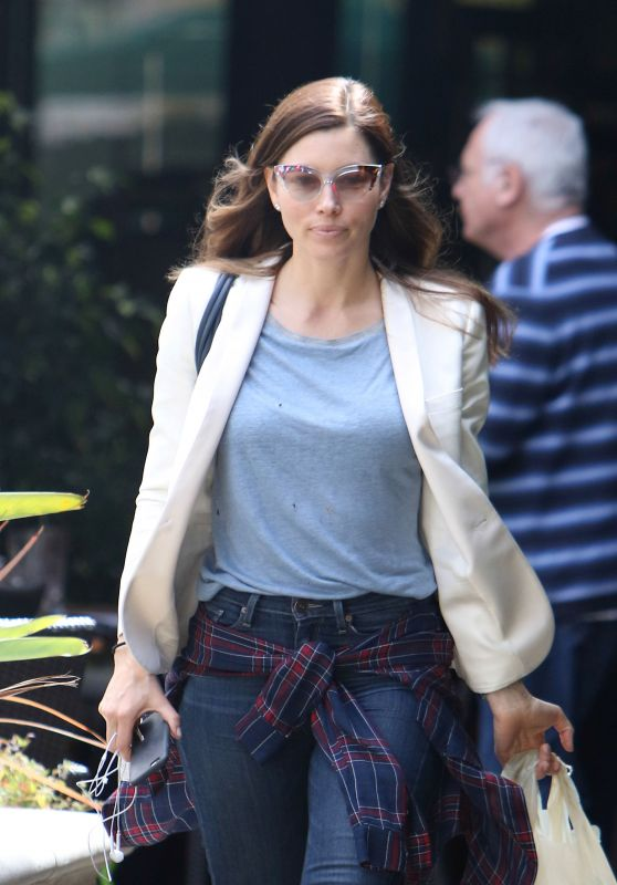 Jessica Biel - Looks Geek Chic After Lunch at Italian Restaurant in Santa Monica, CA 5/4/2016