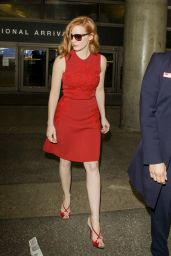 Jessica Chastain is Stylish at LAX Airport in Los Angeles 5/13/2016
