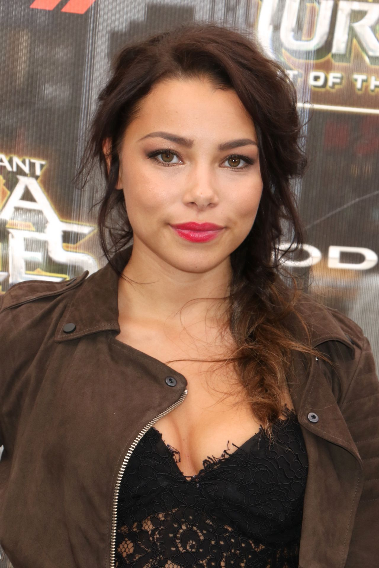 Jessica Parker Kennedy Teenage Mutant Ninja Turtles