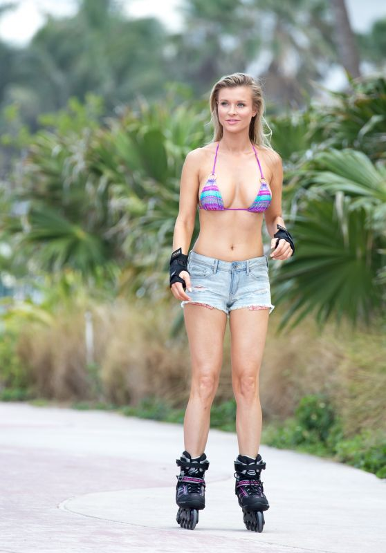 Joanna Krupa in Bikini Top - Rollerblading in Miami, May 2016