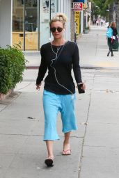 Kaley Cuoco Street Style - Out in Los Angeles 5/29/2016