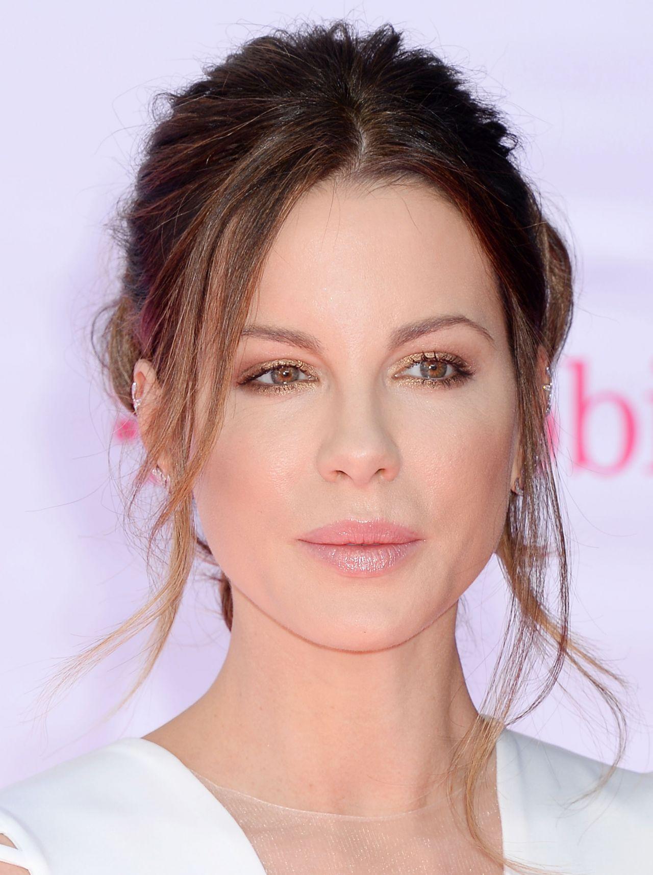 Kate Beckinsale – 2016 Billboard Music Awards in Las Vegas, NV