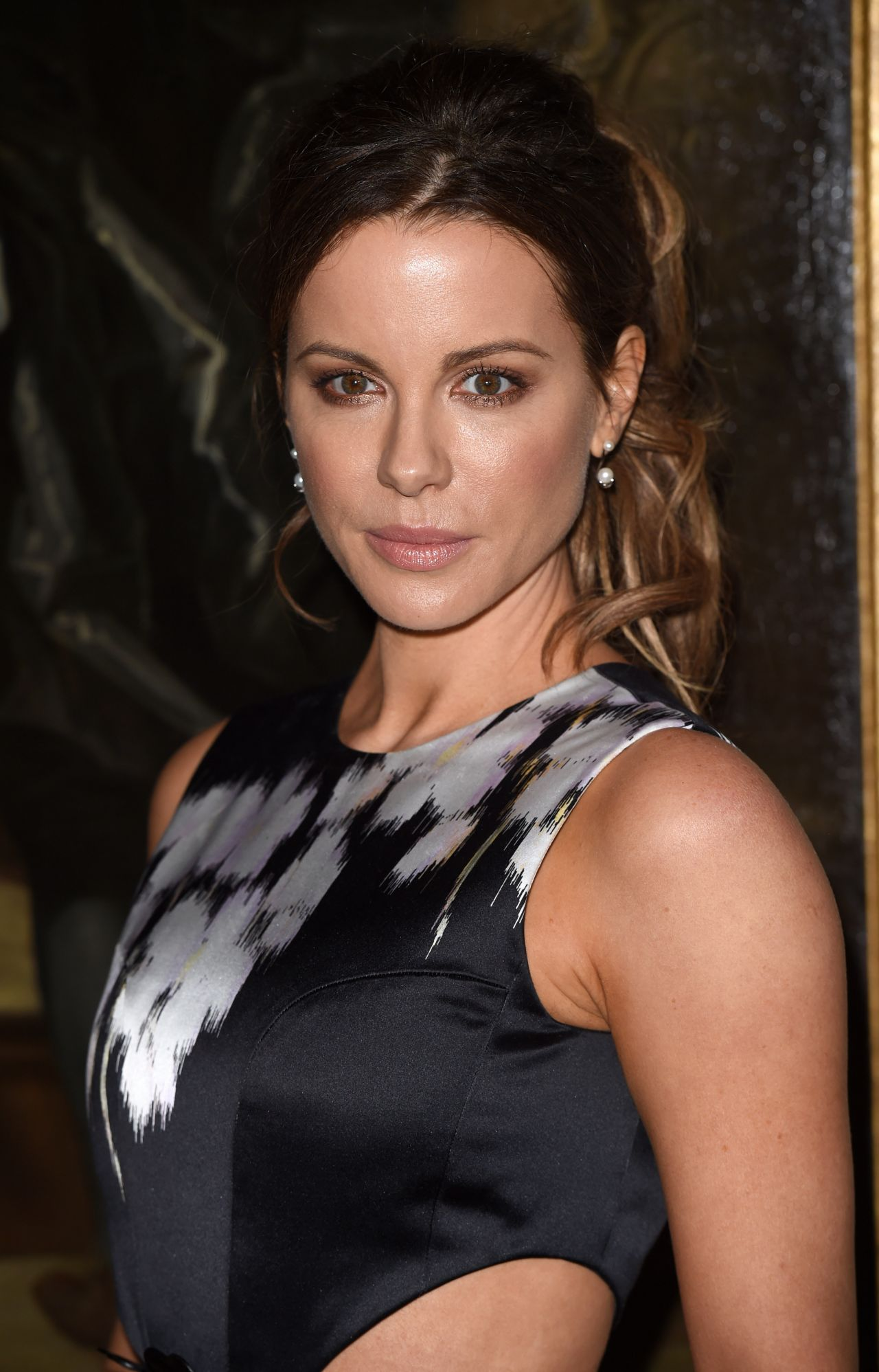 Kate Beckinsale Classy Fashion - Dior Cruise Collection ... Kate Beckinsale