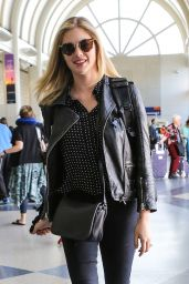 Kate Upton Urban Style - at LAX Airport 5/25/2016