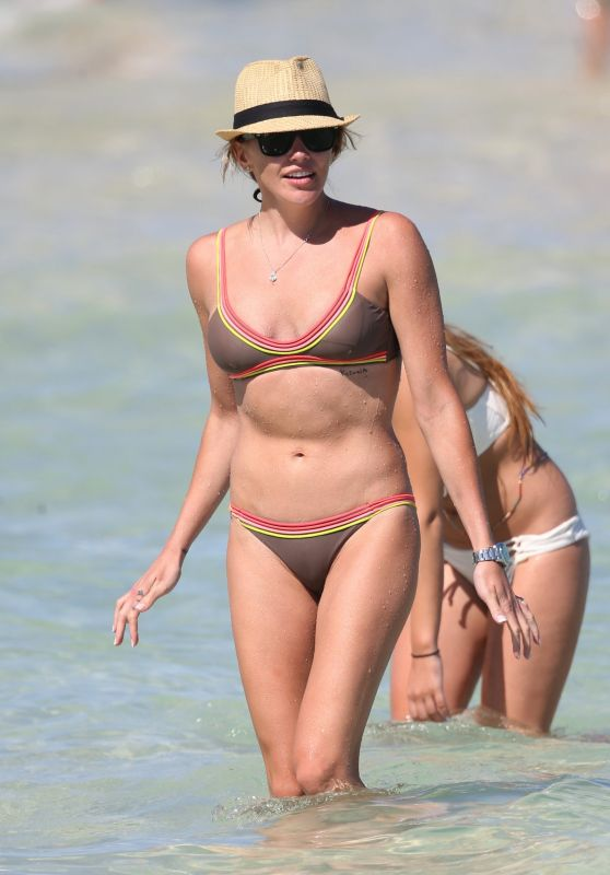 Katie Cassidy in a Bikini - Miami Beach 5/8/2016
