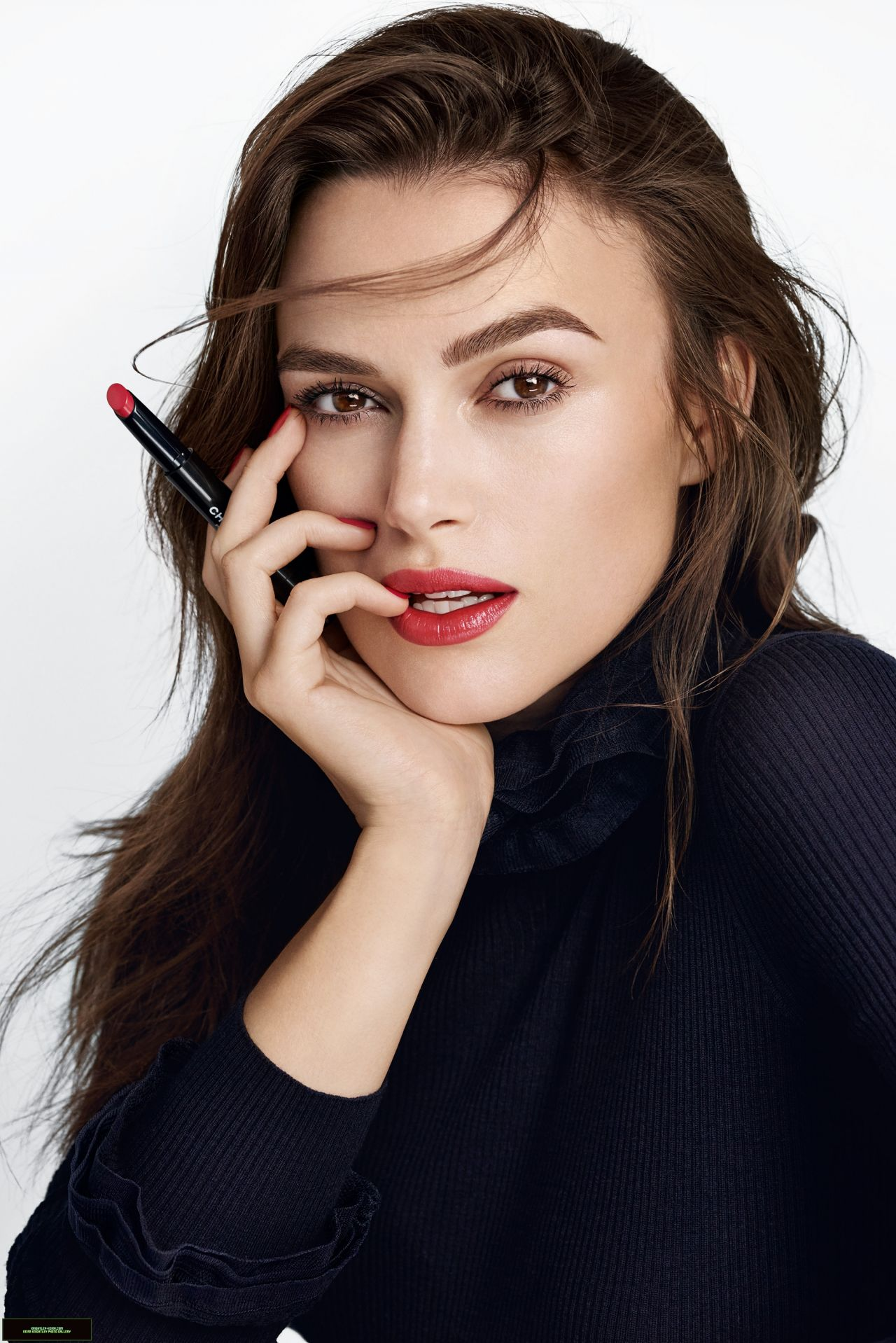 Keira Knightley – Chanel Rouge Coco Lipstick Photoshoot 2016