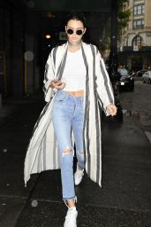 Kendall Jenner Casual Style - Out in New York City 5/1/2016