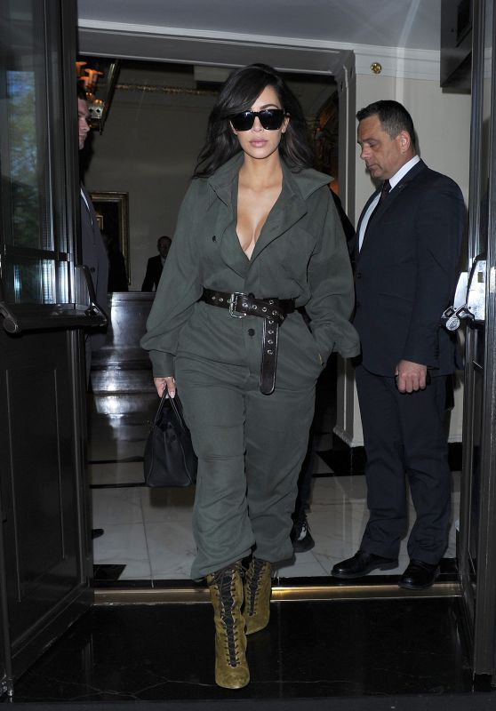Kim Kardashian - Head to Heathrow Airport in London, 5/24/2016