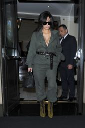 Kim Kardashian - Head to Heathrow Airport in London, 5/24/2016