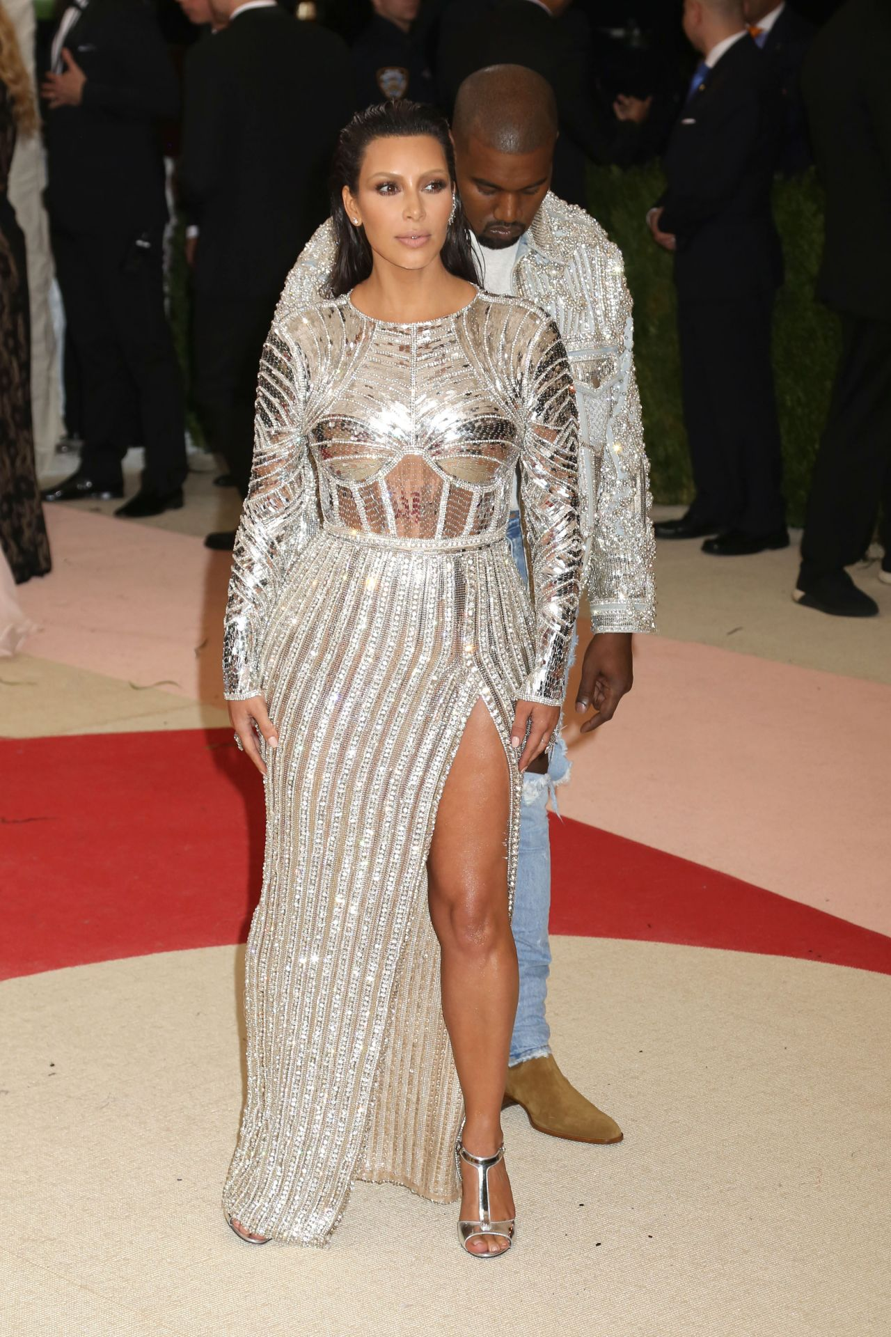 Kim Kardashian Met Costume Institute Gala 2016 In New York