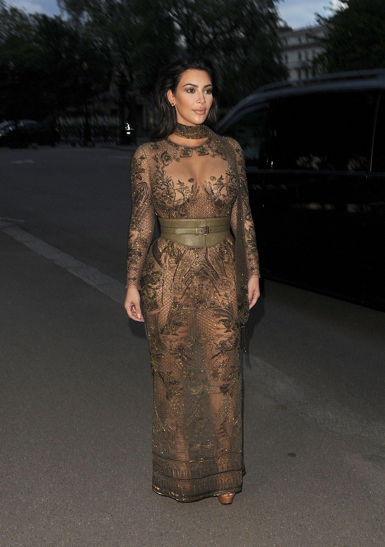 Kim Kardashian Vogue 100th Anniversary Gala Dinner In