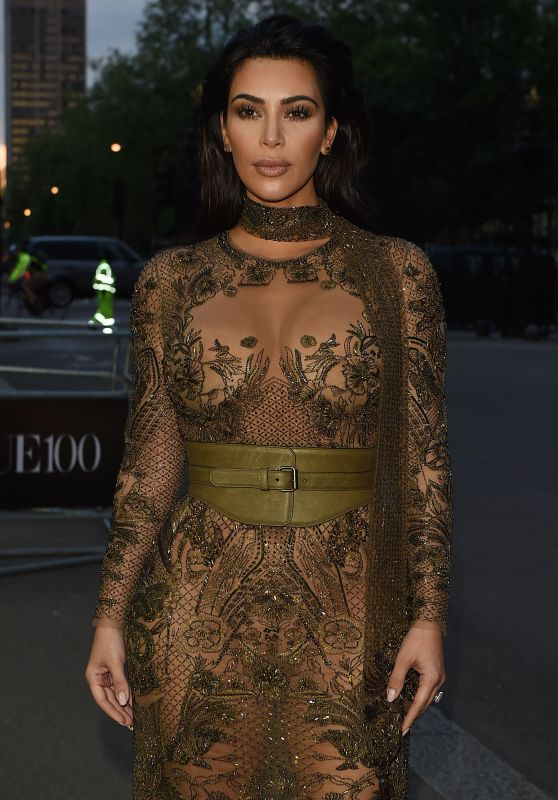 Kim Kardashian - Vogue