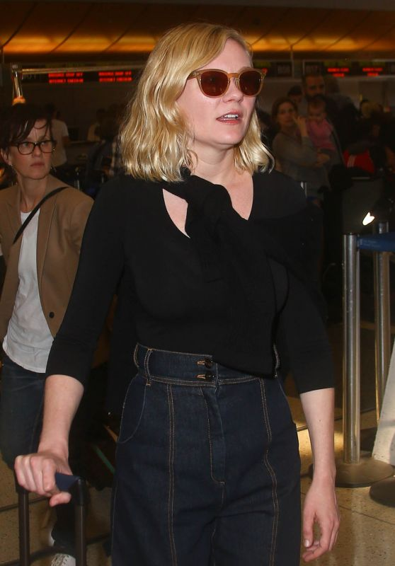 Kirsten Dunst Travel Outfit - LAX Airport in Los Angeles 5/8/2016