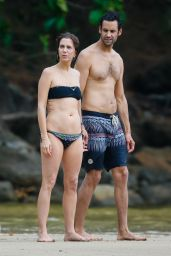 Kristen Wiig Showed Off Her Bikini Body - Beach in Kaui, Hawaii 5/4/2016