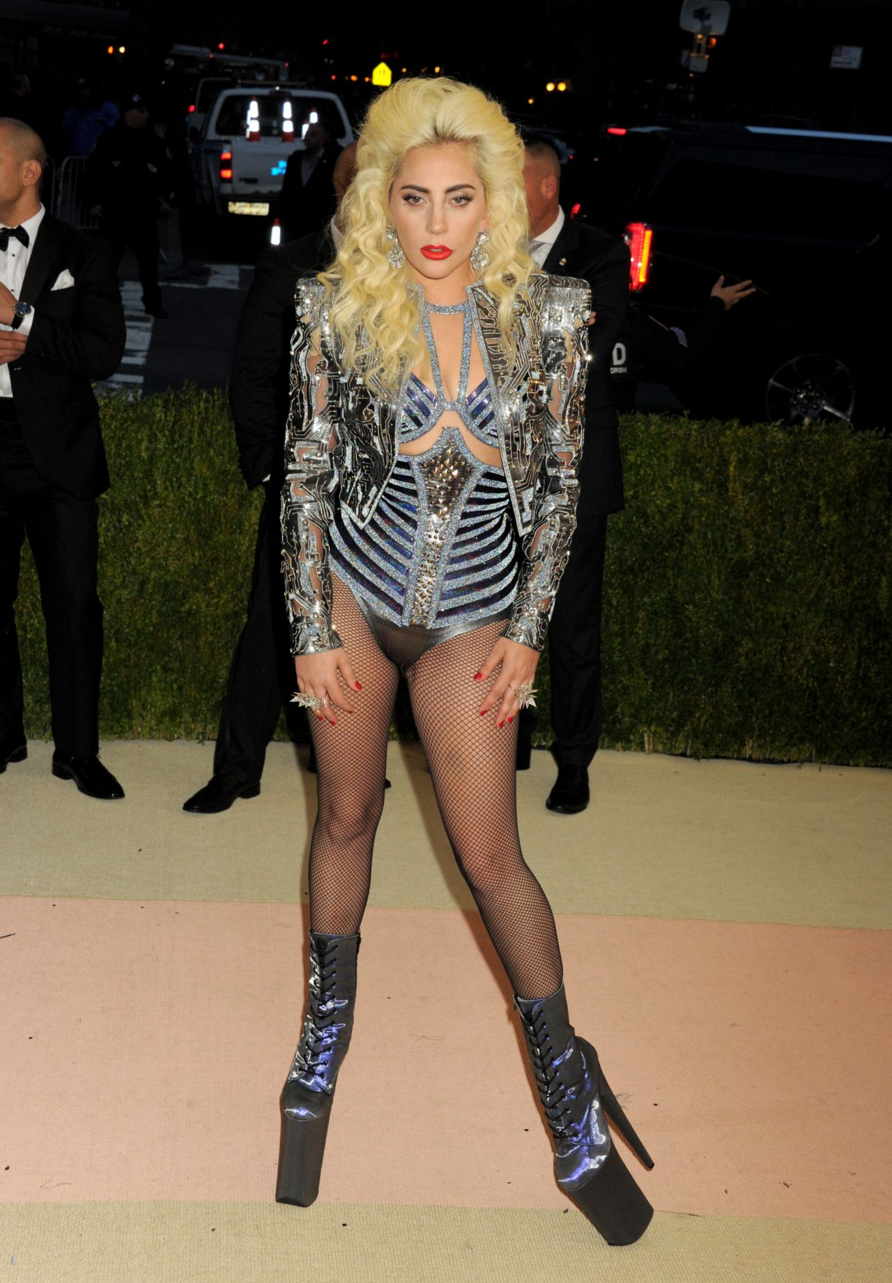 Lady Gaga – Met Costume Institute Gala 2016 in New York