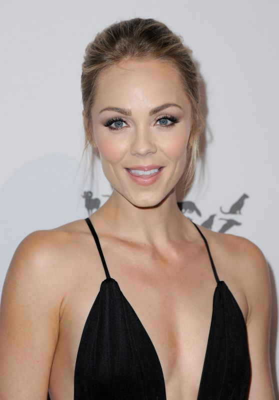 Laura Vandervoort – Humane Society of the United States to the Rescue Gala in Hollywood 5/7/2016