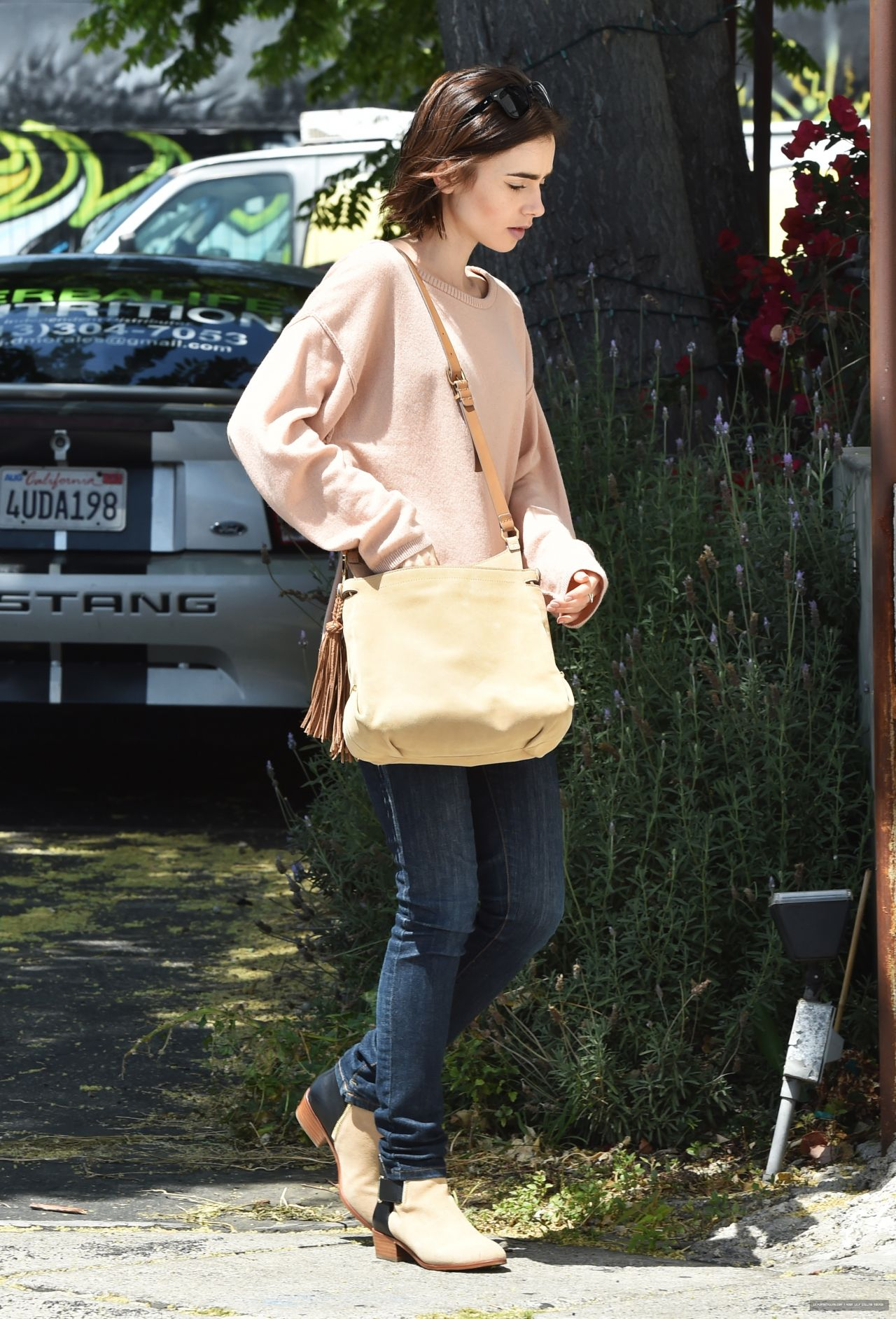 Lily Collins - Going to Mao\'s Kitchen for Lunch in Los Angeles 5 ...