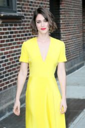Lizzy Caplan at the Ed Sullivan Theater in New York City 5/26/2016