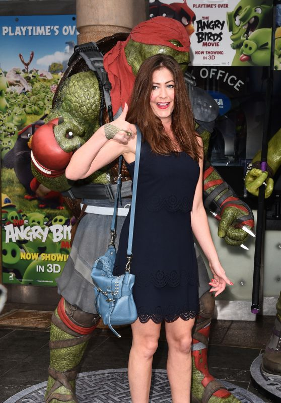 Lucy Horobin – Teenage Mutant Ninja Turtles VIP Screening in London 5/29/2016