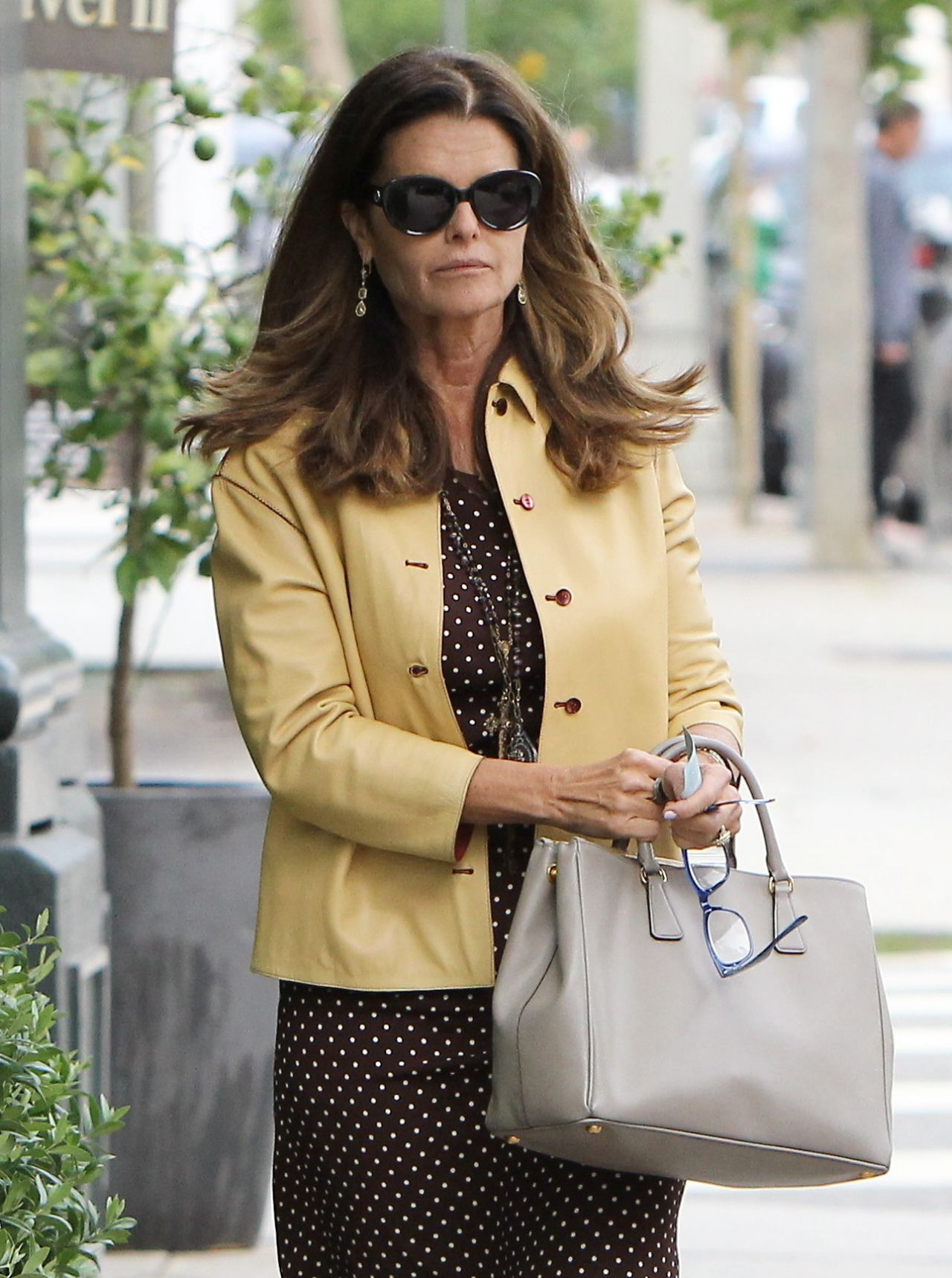 Maria Shriver Workplace Sublime Outfit – New York Bagels ...