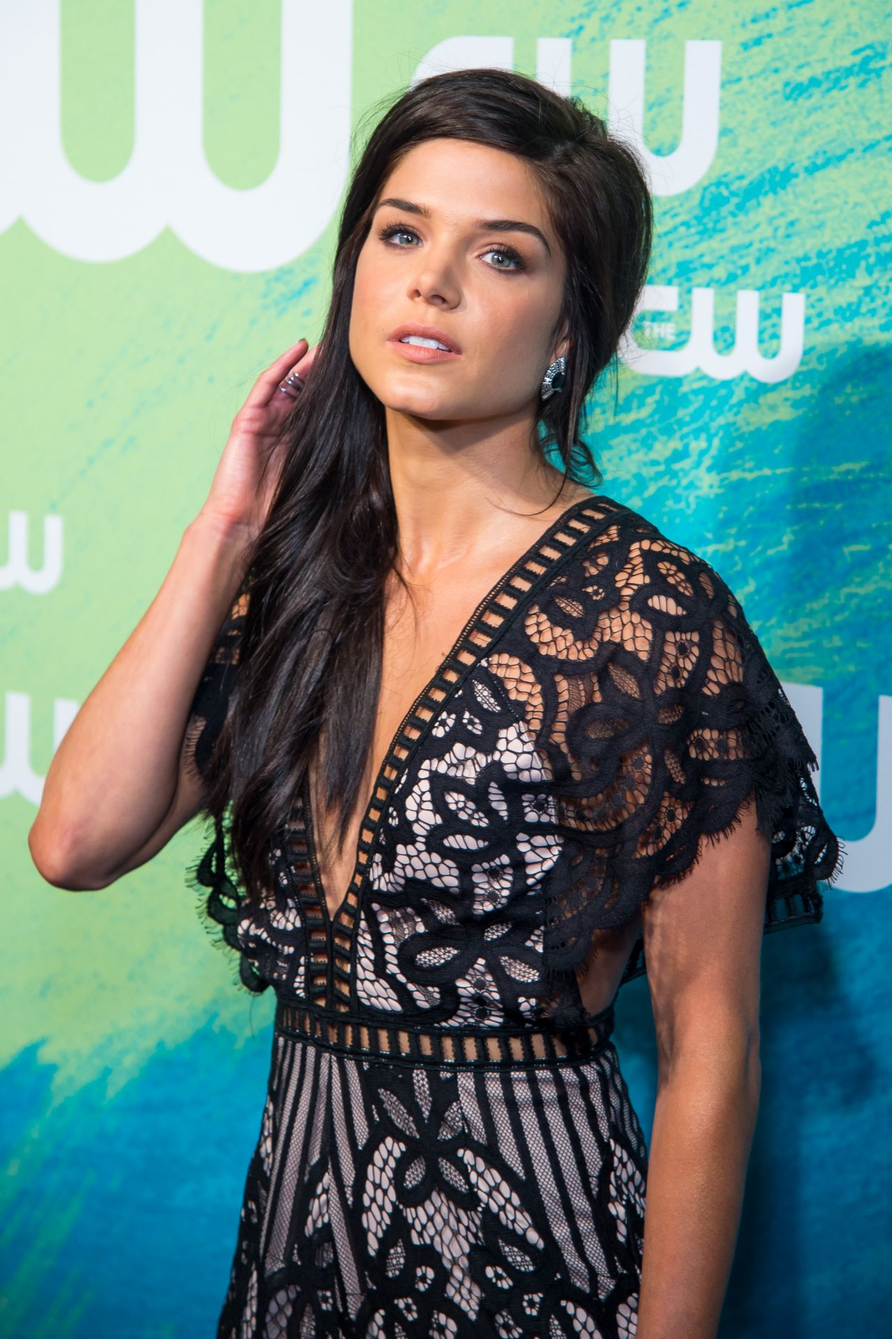Marie Avgeropoulos - T...
