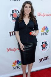 Mayim Bialik – NBC's Red Nose Day Special in Los Angeles 5/26/2016