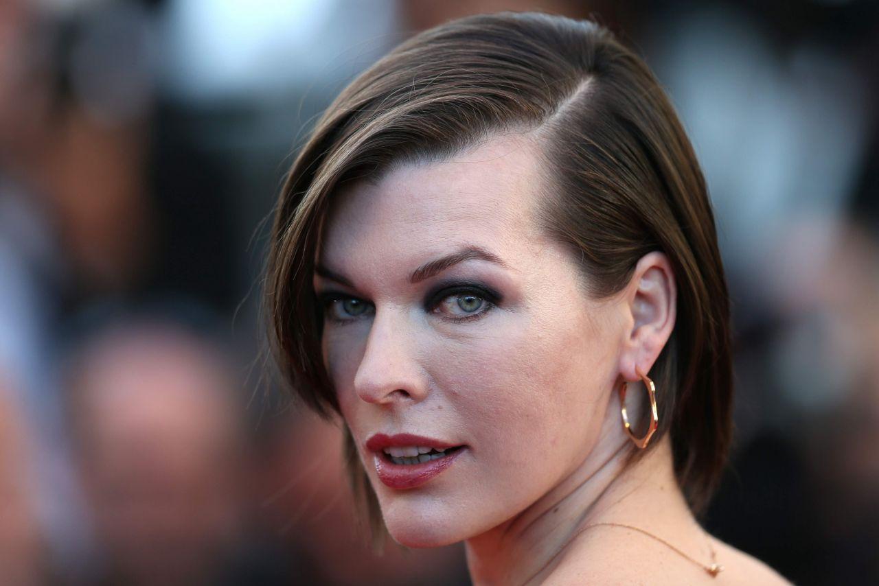 Milla Jovovich The Last Face Premeire At 69 Cannes