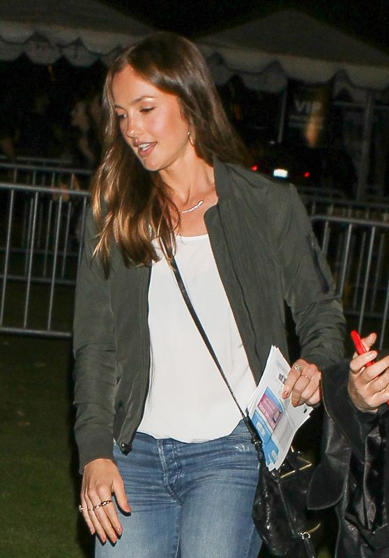 Minka Kelly at the Rose Bowl in Pasadena 5/14/2016
