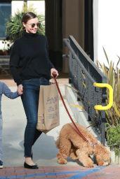 Miranda Kerr Booty in Jeans - Out in Malibu 5/4/2016