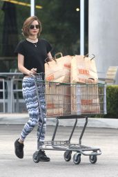 Miranda Kerr in Tights - Shopping in Agoura Hills 5/5/2016
