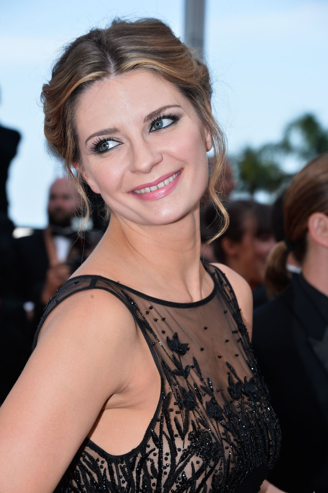 Mischa Barton - 'Loving' Premiere at 69th Cannes Film ... Mischa Barton